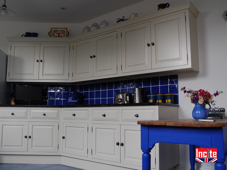 Custom made painted kitchens incite interiors derbyshire for Bespoke kitchen design nottingham