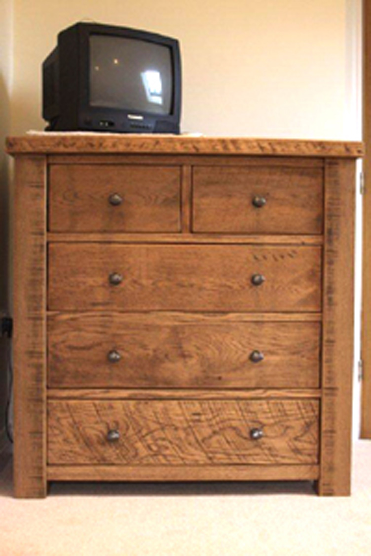 chunky rustic oak chest of drawers custom made by incite. Black Bedroom Furniture Sets. Home Design Ideas
