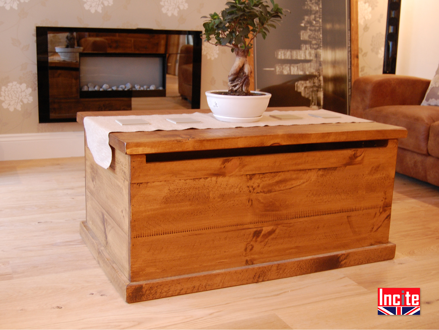 Plank pine tequila chest coffee table handmade by incite for Pine coffee table