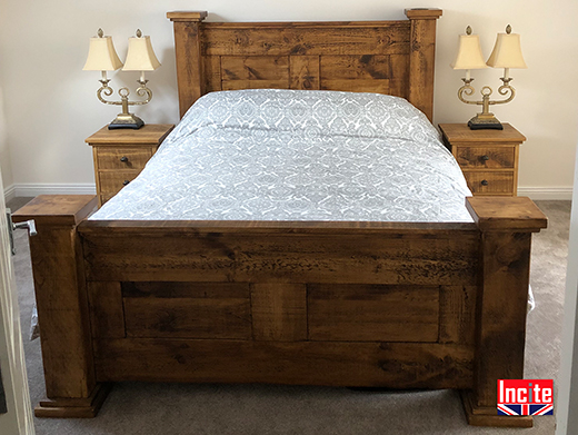 Solid Chunky Plank Pine Bed