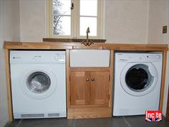 Made to Measure Oak Utility Room