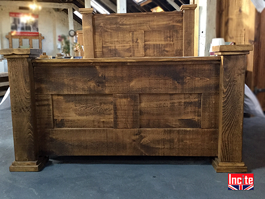 Chunky Plank Pine Grande Bed