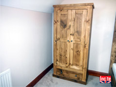 Handcrafted Wardrobe With Under Drawer