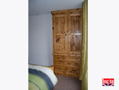 Rustic Chunky Plank Pine Double wardrobe