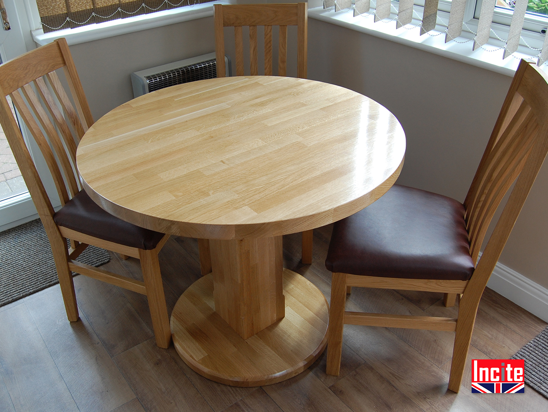 custom handmade american oak pedestal round dining table. Black Bedroom Furniture Sets. Home Design Ideas