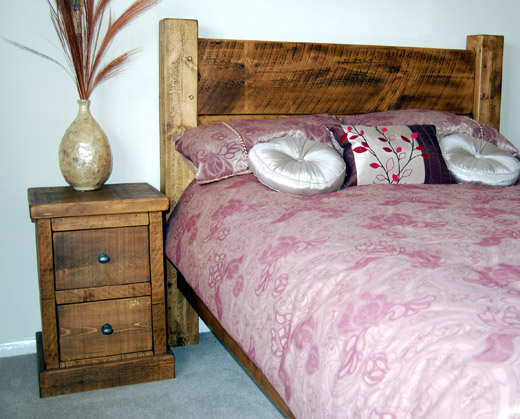 Plank Pine 2 Drawer Bedside Table