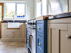 Beautiful custom made wooden kitchens made in Derbyshire to CAD Plan at competitive prices - Solid wood carcass
